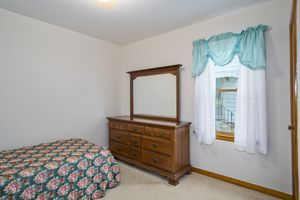 Bedroom3737 Johns St Photo 14