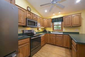 8407 Overlook Terr Photo 8