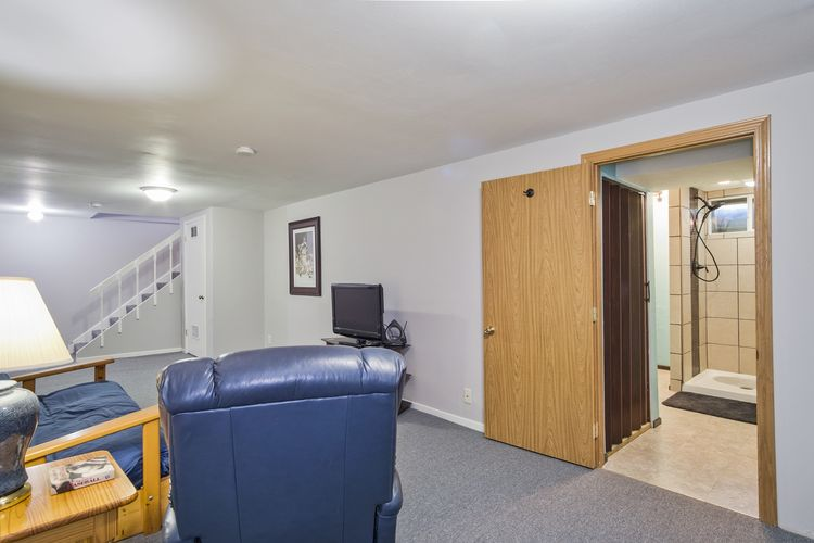 Family Room Photo #18