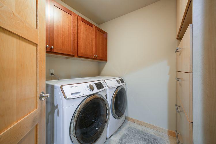 Laundry Room Photo #21