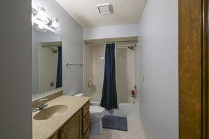 018-photo-bathroom-7689025.jpg9 Canvasback Cir Photo 18