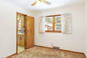 Bedroom4103 Drexel Ave Photo 9
