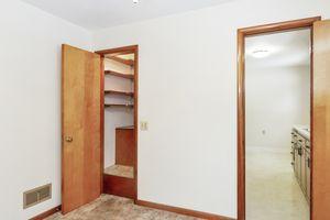 Bedroom4103 Drexel Ave Photo 10