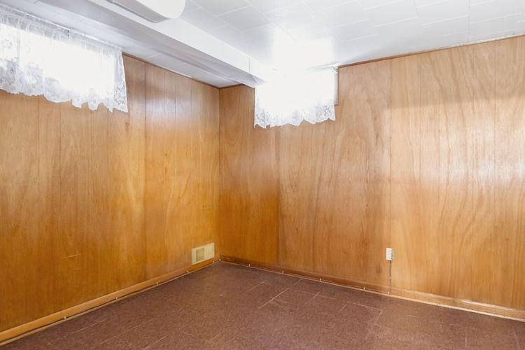 Bedroom Area Photo #19
