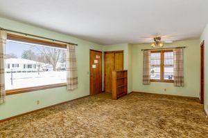 Living Room4103 Drexel Ave Photo 5