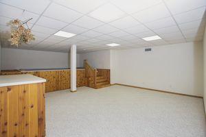 Family Room2103 W Glenmoor Ln Photo 15