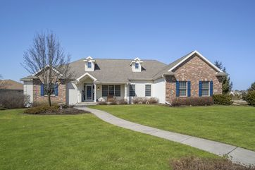 1802 Red Tail Dr Madison, WI 53593 - Image 1