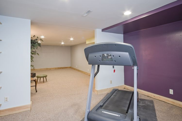 Exercise Room Photo #28