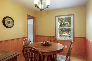 Kitchen6812 Franklin Ave Photo 8