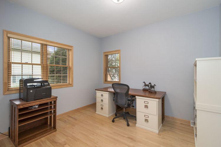 Office Photo #16