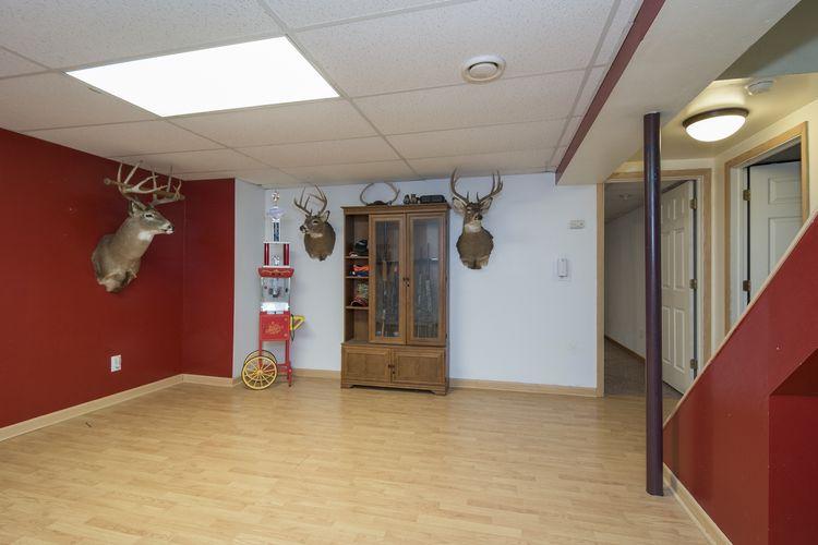 Recreation Room Photo #13