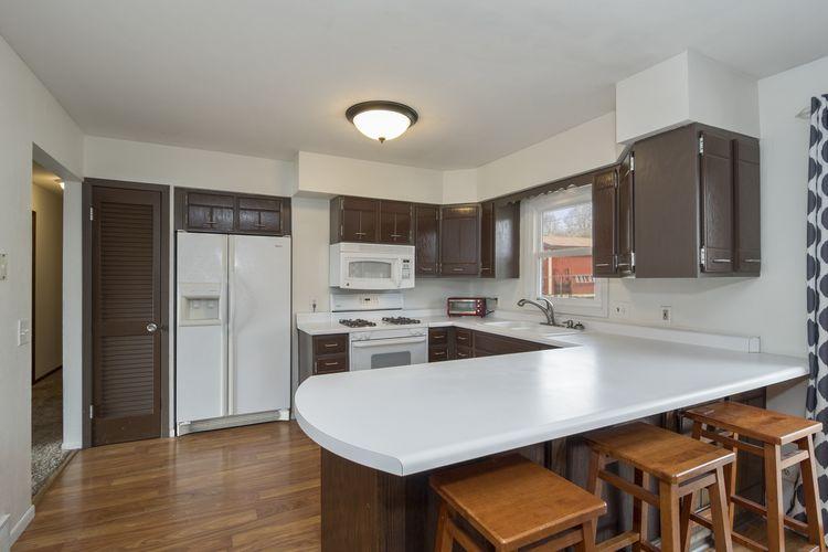 Kitchen Photo #4