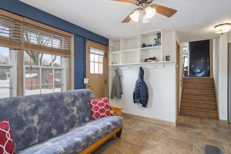 Family Room Photo #21