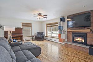 Living Room5600 TECUMSEH AVE Photo 4
