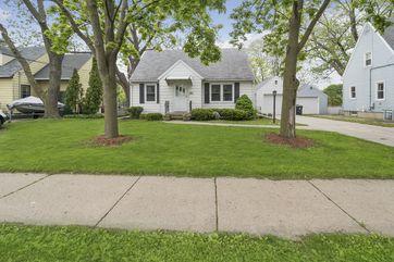 927 N Fair Oaks Ave Madison, WI 53714 - Image 1