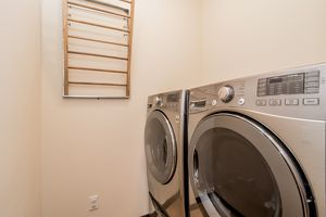 Laundry Room1149 Patriot Way Photo 32