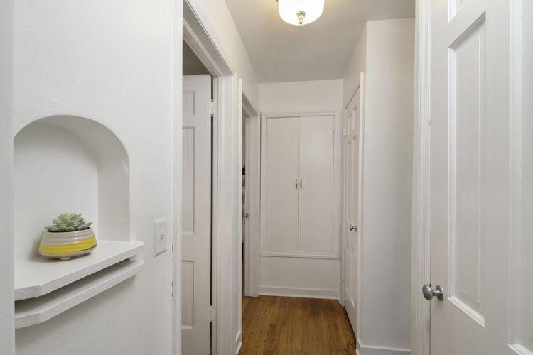 Hallway Photo #14