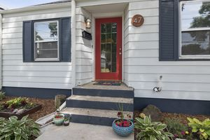 Front Entrance47 CORRY ST Photo 2