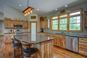3433 Halverson Road-16.jpg3433 Halverson Rd Photo 15
