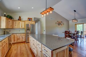 3433 Halverson Road-19.jpg3433 Halverson Rd Photo 18