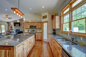 3433 Halverson Road-22.jpg3433 Halverson Rd Photo 21