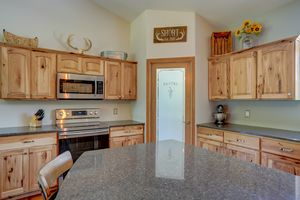 3433 Halverson Road-25.jpg3433 Halverson Rd Photo 24