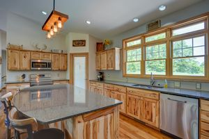3433 Halverson Road-26.jpg3433 Halverson Rd Photo 25