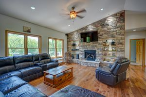 3433 Halverson Road-36.jpg3433 Halverson Rd Photo 35