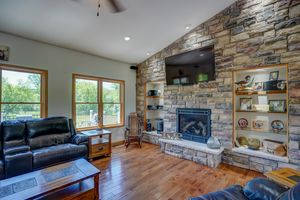 3433 Halverson Road-39.jpg3433 Halverson Rd Photo 38
