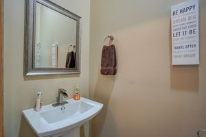 3433 Halverson Road-43.jpg3433 Halverson Rd Photo 42