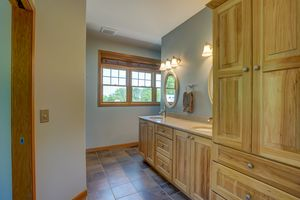 3433 Halverson Road-49.jpg3433 Halverson Rd Photo 48