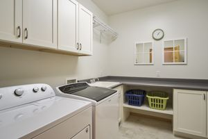 Laundry Room1802 Red Tail Dr Photo 32