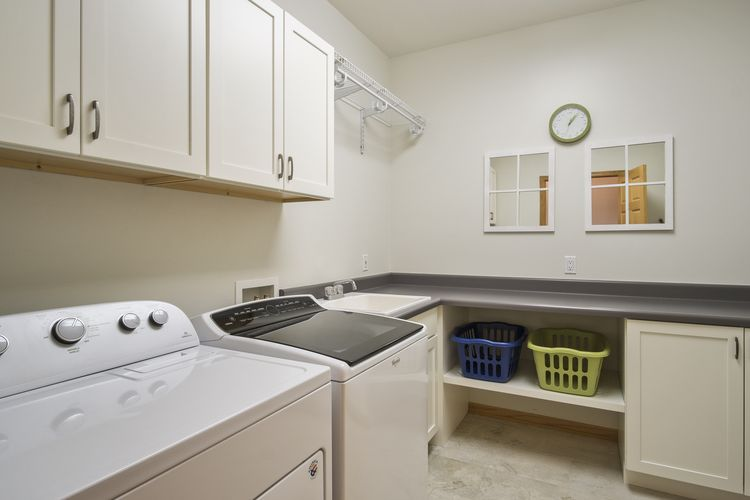 Laundry Room Photo #32