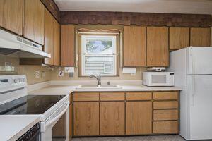 Kitchen5313 Admiral Dr Photo 12