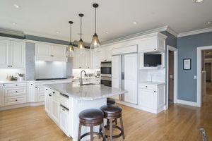 Kitchen1077 Farwell Dr Photo 10