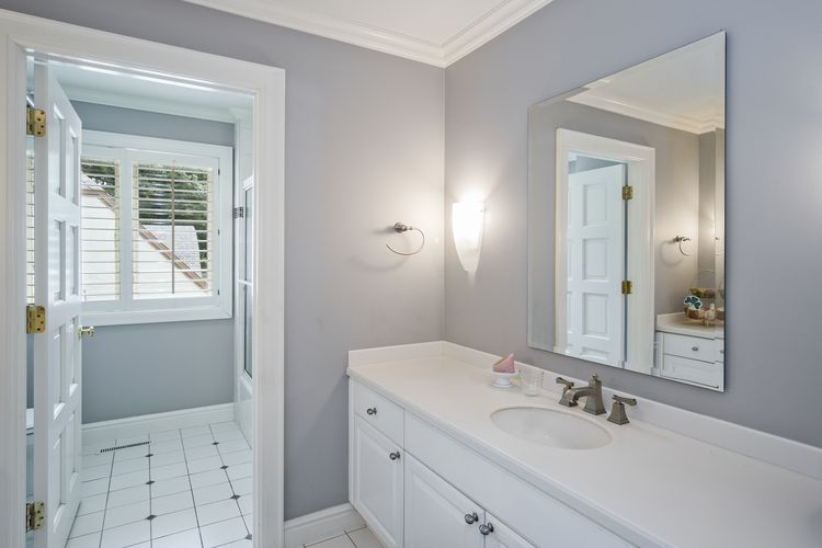 Bathroom Photo #28