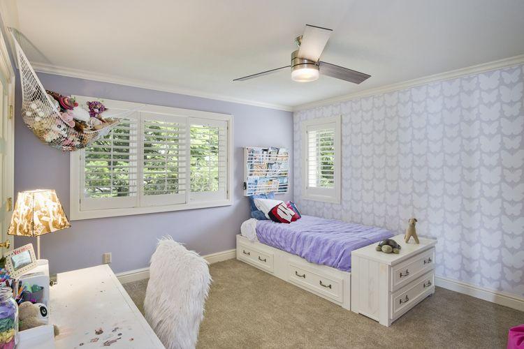 Bedroom Photo #29