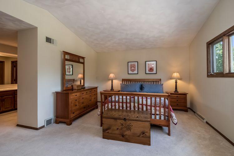 Main Bedroom Photo #20