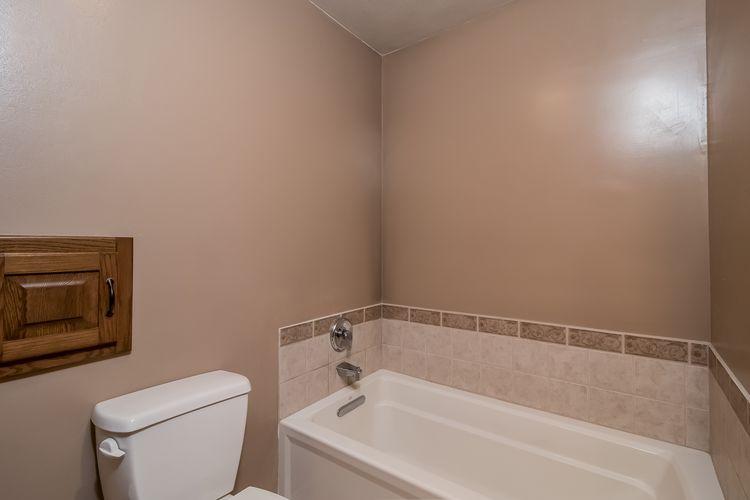 Main Bathroom Photo #24