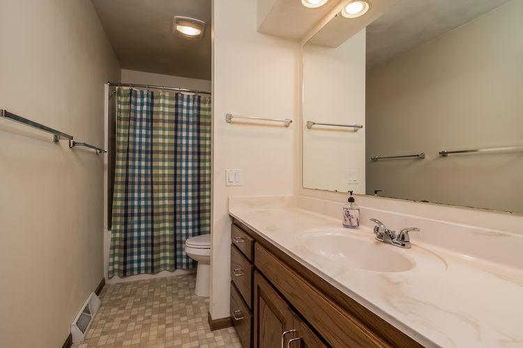Bathroom Photo #30