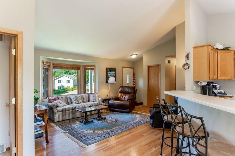 Living Room Photo #2