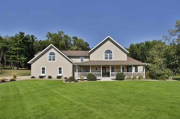 2915 Wood Thrush Cir Portage, WI 53901 - Image 1