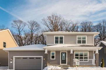 1831 Waterfall Way Madison, WI 53718 - Image