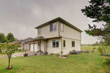 512 Lexington Dr Oregon, WI 53575 - Image