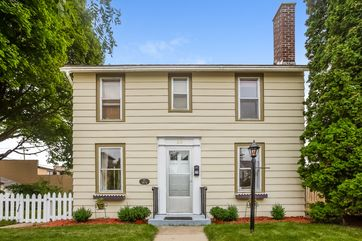 219 E Washington St Stoughton, WI 53589 - Image 1