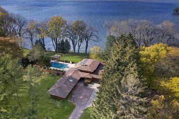 1216 Lake Shore Dr Beaver Dam, WI 53916 - Image 1