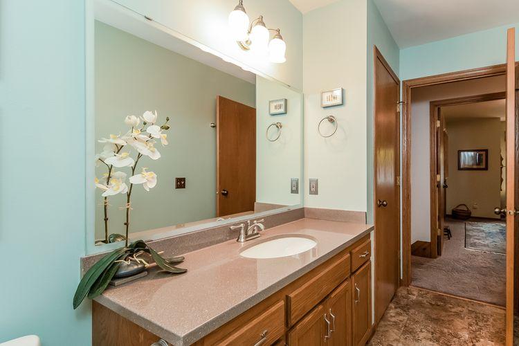 Main Bathroom Photo #21