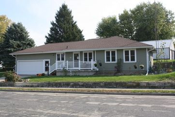 120 Orchard St Dickeyville, WI 53808 - Image 1