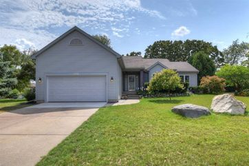 3742 Country Grove Dr Madison, WI 53719 - Image 1