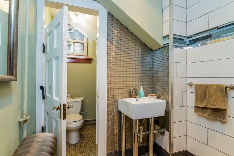 Bathroom Photo #19